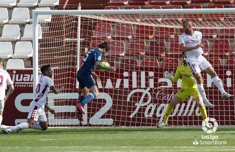 0-3.- El Albacete cuesta abajo y sin frenos a Segunda B tras perder con el Español