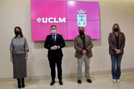 La UCLM creará un aula de ciencia en el centro de Albacete y el Ayuntamiento cederá terrenos para ampliar el campus