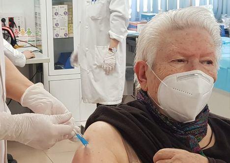 Coronavirus.- Castilla-La Mancha asegura que la región está por encima de la media en inmunización de población mayor de 80 años