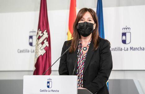 La portavoz del Gobierno regional, Blanca Fernández, ha asegurado que la expansión del virus 'no puede ser el criterio para decretar medidas restrictivas'