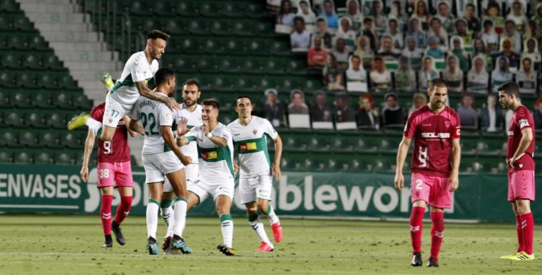 2-0. El Albacete pierde en Elche y continúa en puestos de descenso a Segunda B