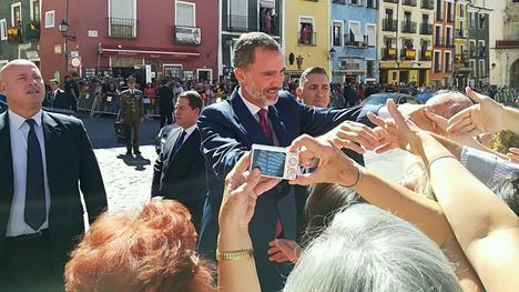 García-Page acompaña a los Reyes de España en su visita a la ciudad de Cuenca en el marco de su gira institucional tras el fin del estado de alarma